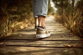 Kirjoituksia uuteen aikaan kuinka elaa itsestaan kasin uudessa elamantilanteessa
