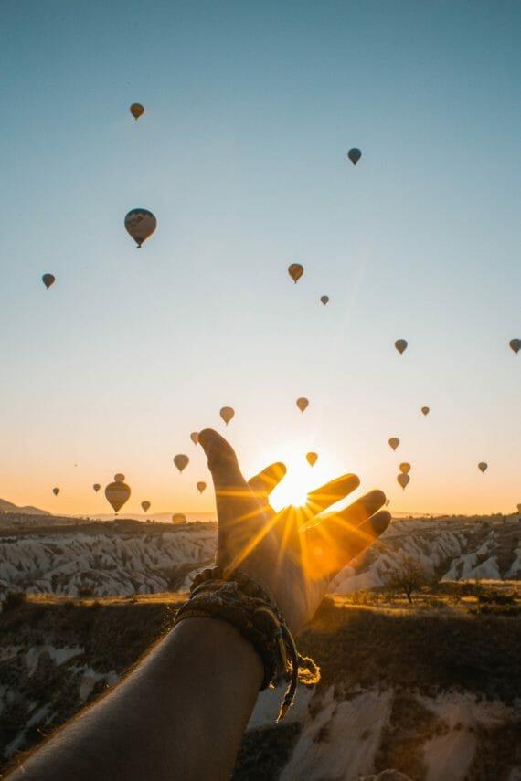 Tervetuloa mukaan seikkailulle adventures of love and light